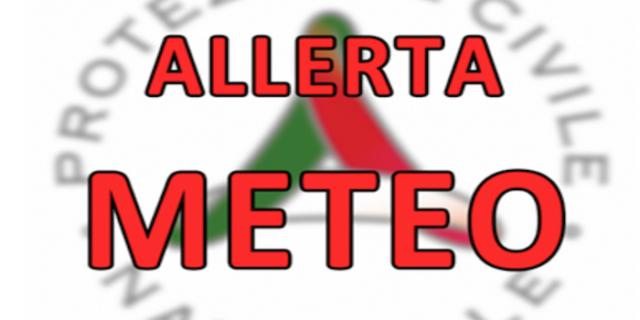 """Allerta Meteo, pesantissimo avviso della protezione civile: """"forti temporali e venti forti al Centro/Sud"""" [MAPPE e BOLLETTINI]"""